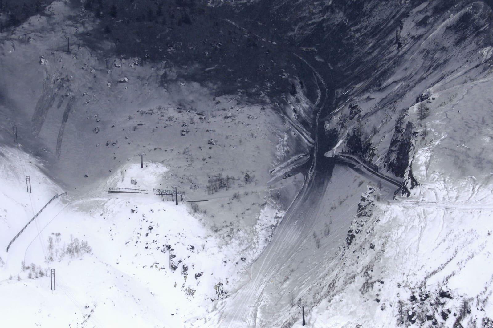 草津白根山噴火 十数人負傷 スキー場で雪崩発生か