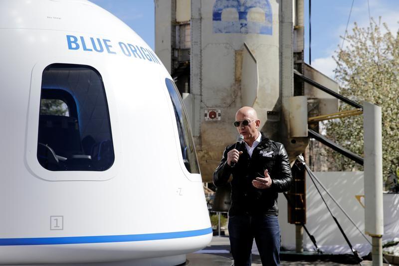 宇宙旅行の料金は20万ドルから、アマゾン創業者が計画=関係筋