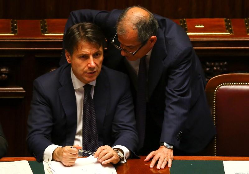 イタリア閣僚、2019年度予算を協...