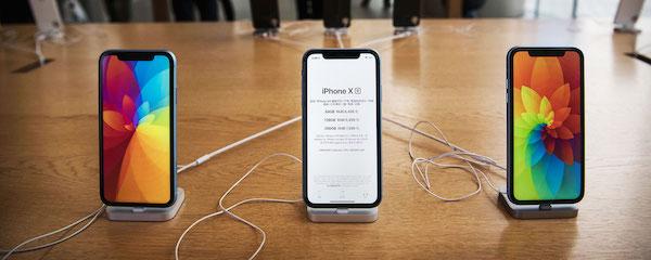 アップル:今秋に新型アイフォーン3機種発表へ、XR後継も-WSJ