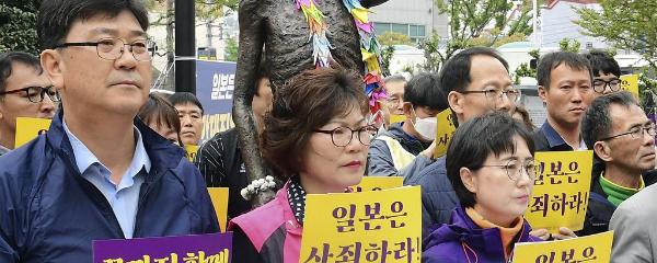 半導体材料の対韓輸出を規制 政府 徴用工問題に対抗 来月4日から
