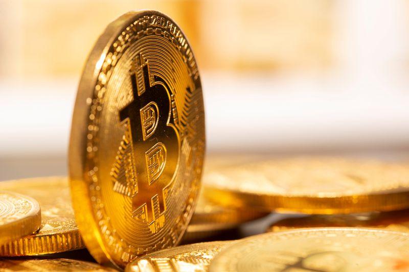 米元財務長官「ビットコインは定着する」