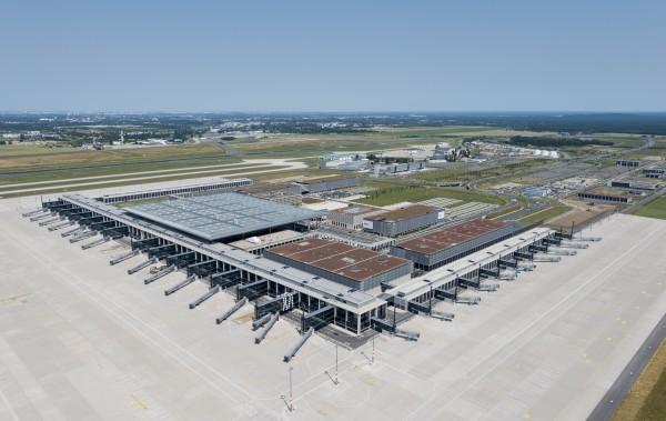 Flughafen Berlin Brandenburg, July 2013 (Günter Wicker / Flughafen Berlin Brandenburg GmbH)