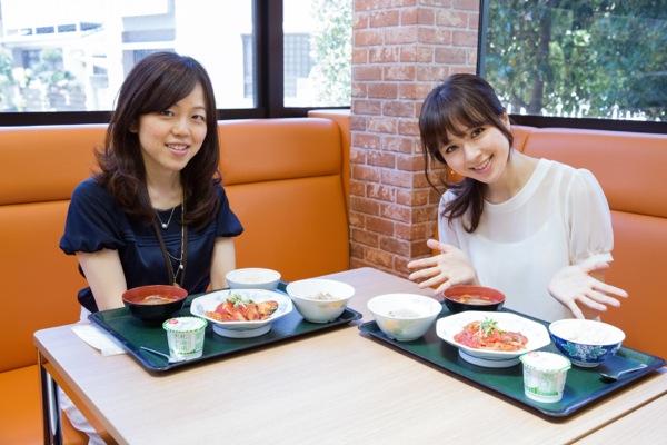 取材後はタニタの社員食堂でランチ(写真:安川啓太)