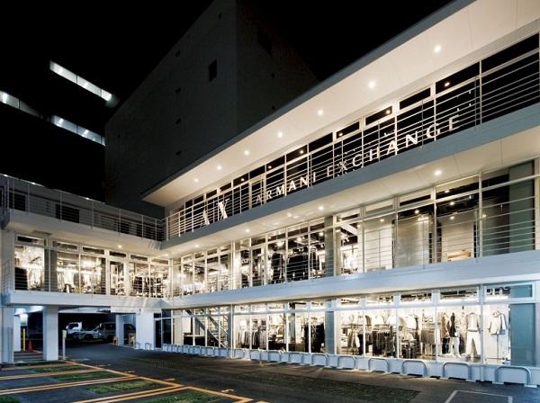 フィル・パーク名古屋栄(2011年9月竣工) テナントとして「アルマーニ」が出店