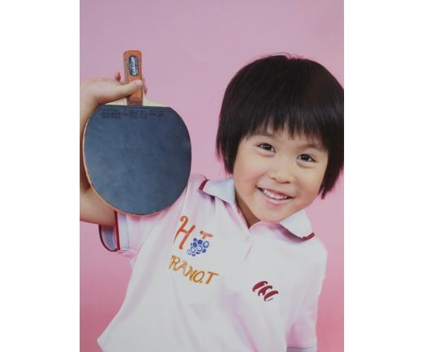 2005年、平野美宇は雑誌「卓球王国」の表紙を飾った
