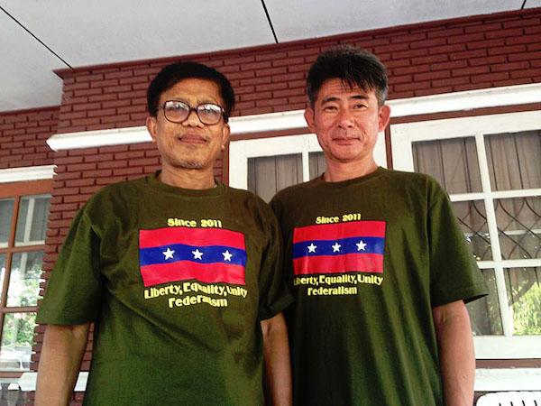 左がNMSPのナイフンサー幹事長、右は井本さん (提供写真)