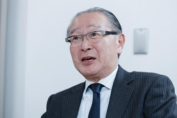 藤井純一(ふじい・じゅんいち) 1949年大阪府生まれ。近畿大学農学部水産学科卒業後、日本ハムに入社した。1997年にセレッソ大阪の取締役事業本部長に就任し、2000年から社長を務めた。2005年に北海道日本ハムファイターズの常務執行役員事業本部長に就任し、翌年から2011年まで社長として球団を経営。国内で唯一、Jリーグクラブとプロ野球球団の社長を務めた