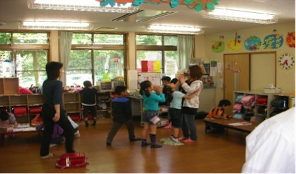 千葉市では、この4月以降に市内5~8カ所程度の小学校の学童保育で、「放課後学習」にスタディサプリ小学講座を活用した実証実験が行われる。同様に公教育でスタディサプリ小学講座・中学講座の導入をスタートさせている自治体は、全国では15自治体、50の小中学校に広がっている。