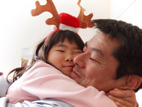 佐藤一男さんと、娘のるなちゃん