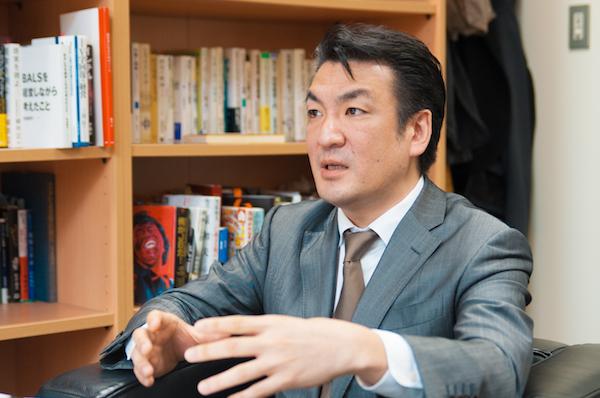 増田 薫(ますだ かおる) プラスワン・マーケティング株式会社代表取締役。1972 年東京都生まれ。ソースネクスト、Lenovo Japan、Dell Japanを経て2012年にプラスワン・マーケティングを創業。「圧倒的な日本品質で、世界に驚きを届ける」「端末・回線・アプリで、通信生活を改革する」といったビジョンを掲げ、通信、端末、店舗、サポートを一貫して提供する「FREETEL」を展開。立ち上げから3年半でトップブランドに成長させる。