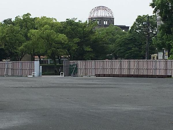 旧広島市民球場跡地。市の真ん中に巨大な空白地