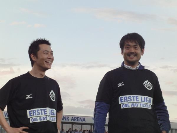 神田CEO(左)と、強化部門トップの大本