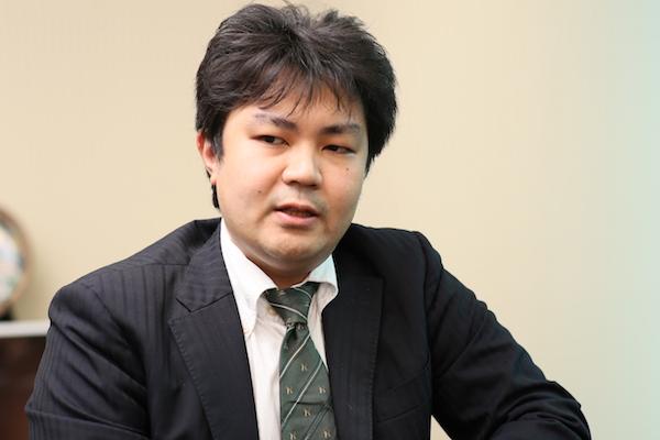 鈴木優一(すずき・ゆういち) L!NX(リンクス)株式会社専務取締役。証券会社や銀行での勤務経験から、日本の金融教育の必要性を実感。金融教育の普及に向けて起業し、資産形成、資産運用のサポートに携わっている。