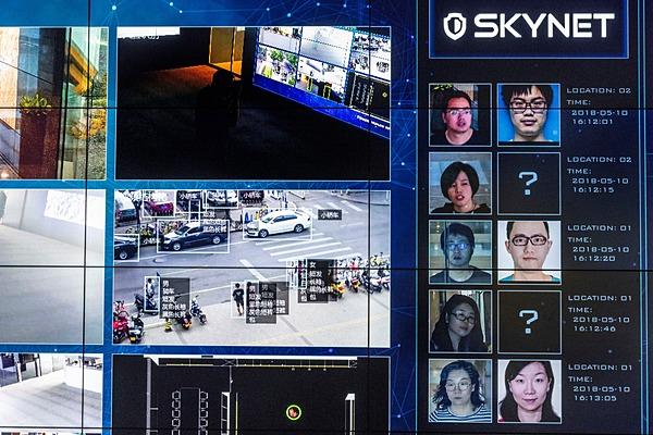 カメラ 国家 は 監視 設置 を 進め 中国 た 主席