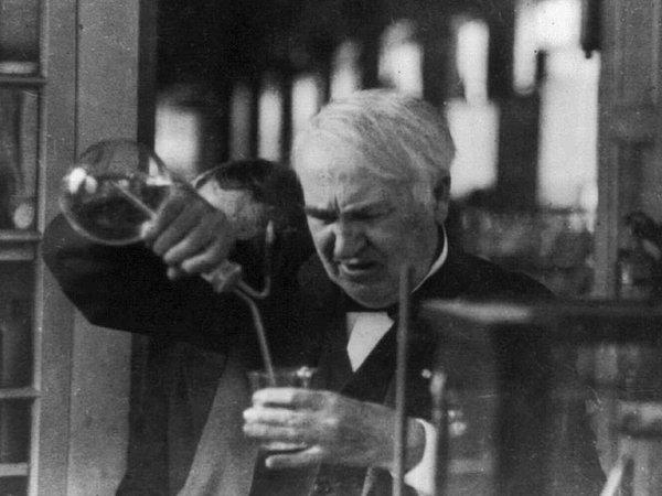 発明家トーマス・エジソン